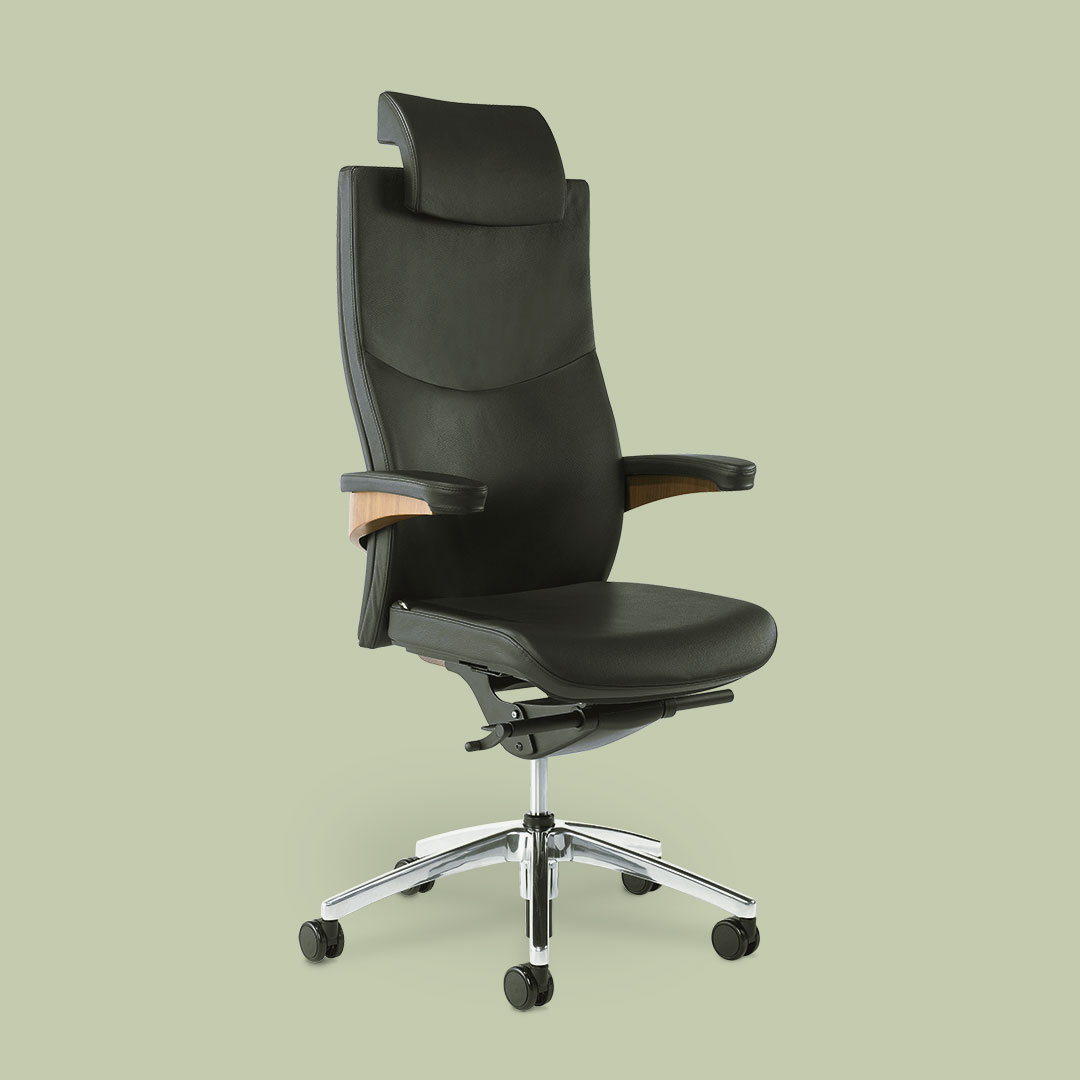 Toro swivel chair wood